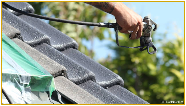 hydrofuges et peinture pour la r novation des toitures. Black Bedroom Furniture Sets. Home Design Ideas